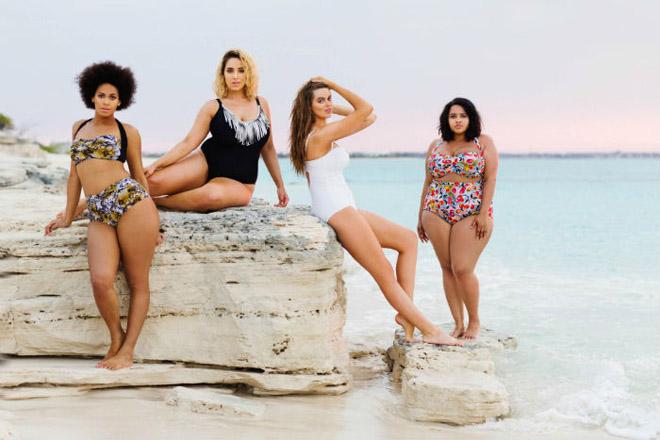 Яркое ретро – красивые и удобные купальники с высокими плавками для полных девушек