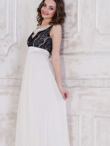 Нежное нарядное платье с шифоновой юбкой