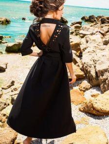 Асимметричное платье-рубашка с поясом подчеркивающим талию в изумрудном цвете