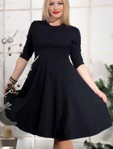 Классическое платье черного цвета с юбкой солнце и пояском