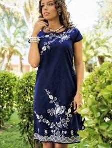 Синяя туника с цветочной вышивкой