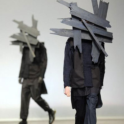 Дизайнеры оторвались на наших платьях по полной! - Экстравагантные наряды моды 2013-2014