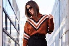 Уютная 10-ка: самые оригинальные и модные свитера 2019-2020 года