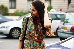 С чем носить летнее платье в цветочек?