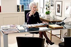 Смена караула: главные причины отправить брюки в отставку и подобрать платье для офиса