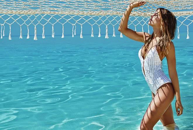 Тонкости ажурной моды: все о вязаных купальниках