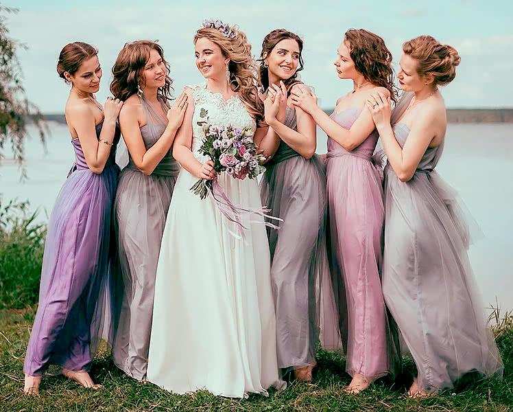 Платья подружек невесты из одинакового материала