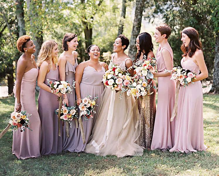 платья подркужек невесты с эффектом омбре