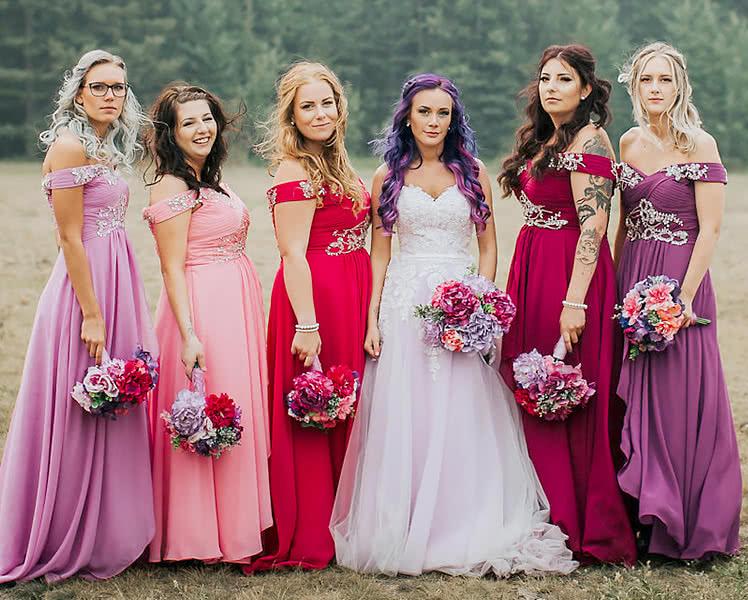 Платья подружек невесты в одинаковом фасоне