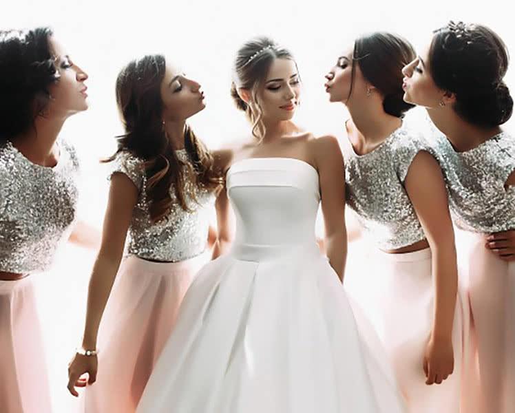 блестящие платья для подружки невесты или свидетельницы на свадьбе