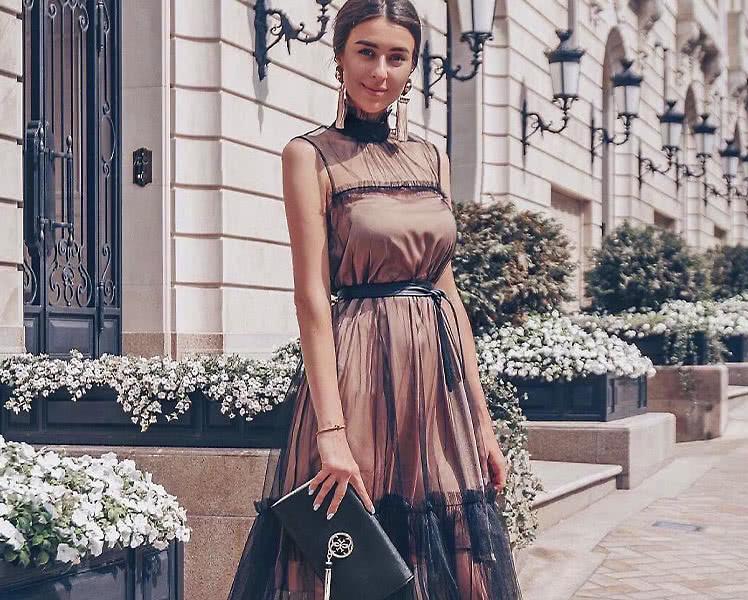 Какого цвета платье одеть на Новый Год, фото идеи новогодних образов