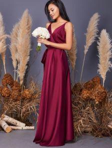 Нарядное бордовое длинное платье на вечер на тонких бретелях