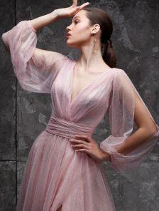 Вечернее фатиновое розовое длинное платье на выпускной