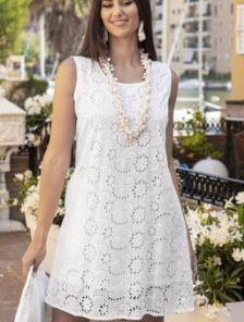 Белое хлопковое свободное платье