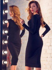 Базовое черное платье-футляр с рукавом длинны-миди