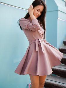 Короткое мини платье с запахом и пышной юбкой
