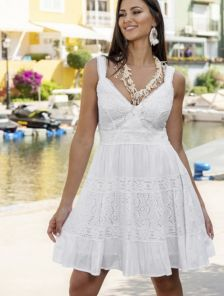 Кружевное корокое коктейльное белое платье сарафан
