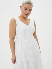 Хлопковое белое летнее кружевное платье на широких бретелях