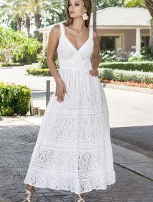 Хлопковое длинное белое нарядное платье на бретелях на лето