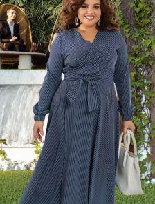 Длинное платье большого размера в полоску