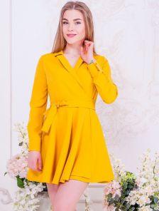 Короткое яркое мини платье с запахом и пышной юбкой