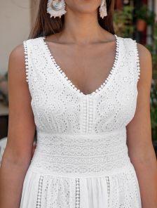 Белое хлопковое длинное нарядное платье сарафан с кружевом на лето