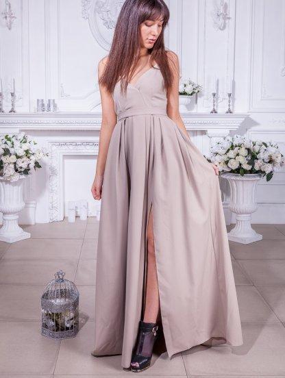 Длинное нарядное платье на тонких бретелях с разрезом, фото 1