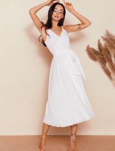 Белое шифоновое платье миди на бретелях на роспись