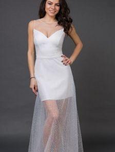 Длинное нарядное белое блестящее вечернее платье с камнями