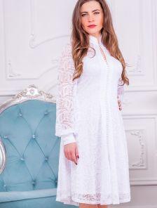 Короткое белое нарядное платье на длинный рукав