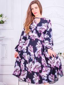 Нарядное черное платье миди с цветами и рукавом