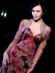Кружевное вечернее платье с корсетом на шнуровке