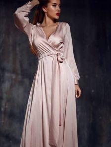 Вечернее светлое платье в ткани с натуральным шелком