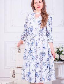 Нарядное белое платье миди с цветами и рукавом