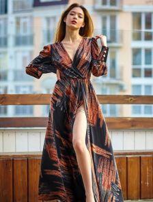 Длинное платье на длинный рукав в абстрактный принт