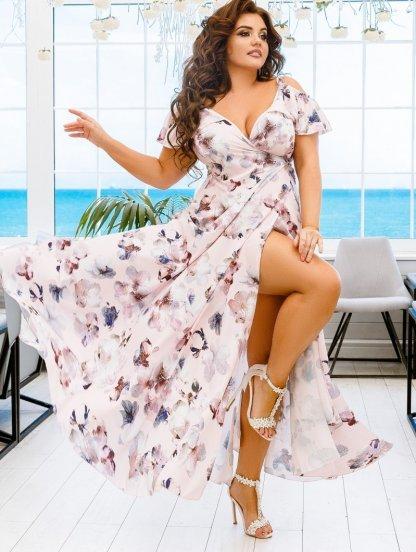 Длинное летнее светлое платье сарафан большого размера на бретелях на запах, фото 1