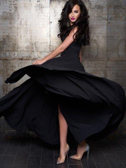 Вечернее черное шелковое платье в пол с разрезом, фото 1