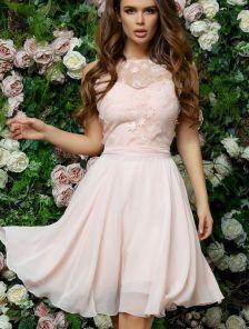 Короткое светлое летнее нарядное плате для подружки невесты