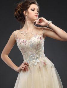 Вечернее фатиновое пышное платье в пол на выпускной