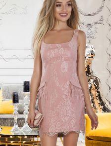 Светлое короткое кружевное летнее платье