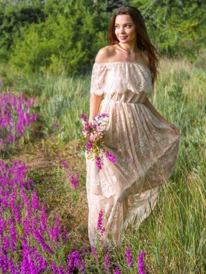 Кружевное светлое нарядное платье, фото 1