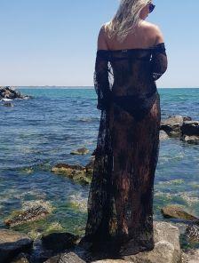 Черная кружевная пляжная туника на длинный рукав
