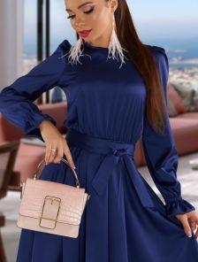 Короткое шелковое синее нарядное платье под пояс