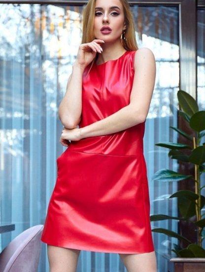 Кожаное красное короткое платье с карманами прямого кроя, фото 1