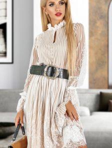 Белое кружевное платье на длинный рукав с бежевой подкладкой