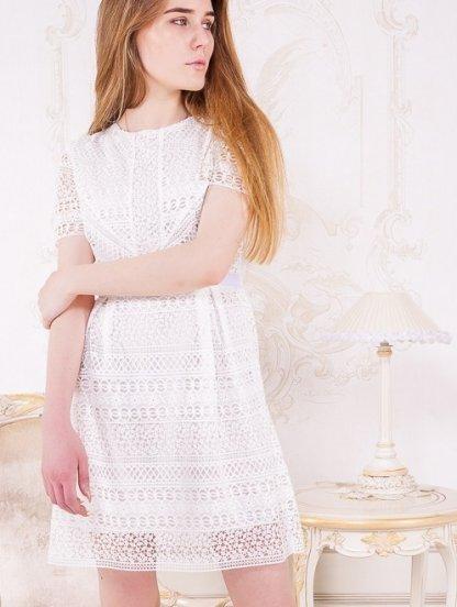 Нарядное белое кружевное платья на короткий рукав, фото 1