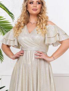 Эффектное длинное блестящее платье со спущенным рукавчиком