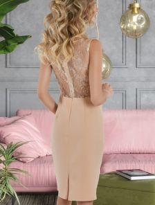 Золотое короткое кружевное платье на лето