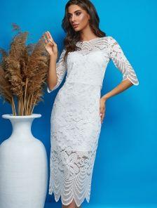 Белое нарядное кружевное платье миди с разрезами на роспись