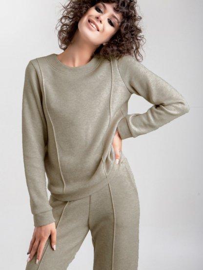 Женский теплый трикотажный костюм с прямыми брюками в оливковом цвете, фото 1